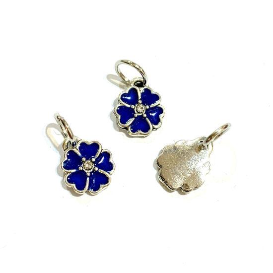 Medál - virág alakú - királykék - antik ezüst színben, karikával - ólom és Kadmiummentes!