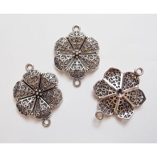 Míves virág alakú, antik ezüst színű, nagy köztes medál