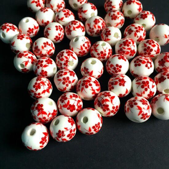 Kerámia gyöngy- 12mm- fehér alapon- piros virág mintás