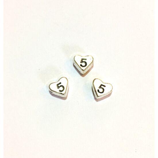 Köztes gyöngy- szív alakban 5-ös számmal- antik ezüst színben