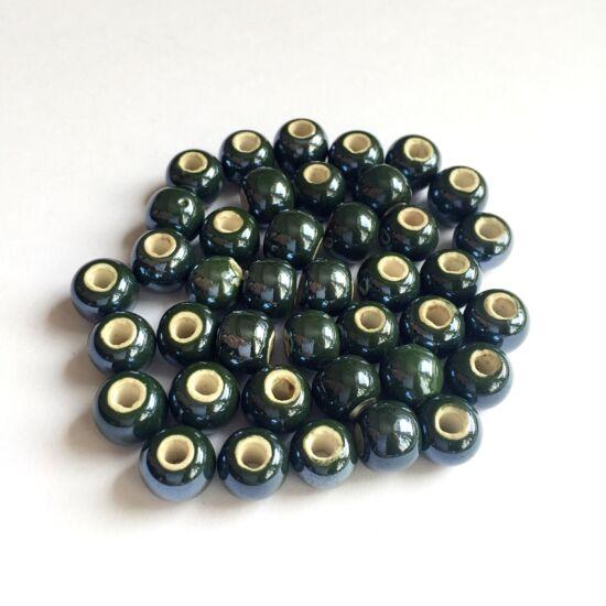 Kerámia gyöngy- Sötétzöld színben- 8mm