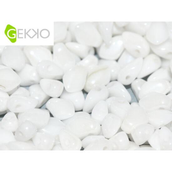 Gekko - 3x5mm - Cseh préselt szirom gyöngy - CHALK WHITE SHIMMER - 20600