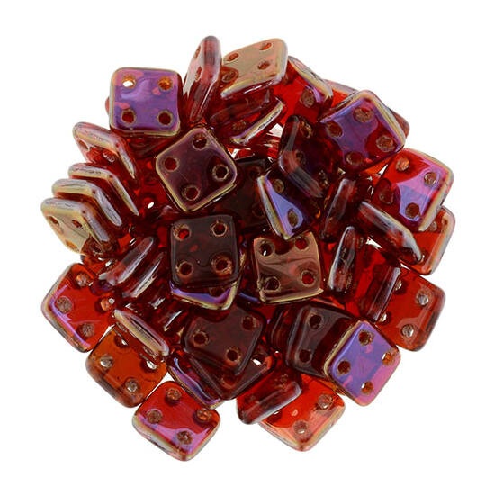 6x6mm Alkony- sziám rubinvörös színű Quadra Tile gyöngy